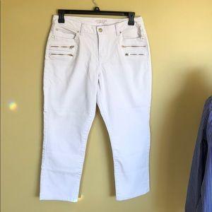 Jennifer Lopez White Denim Capri pants Sz. 12
